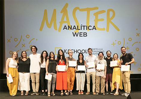 KSchool_Graduacion_diplomas