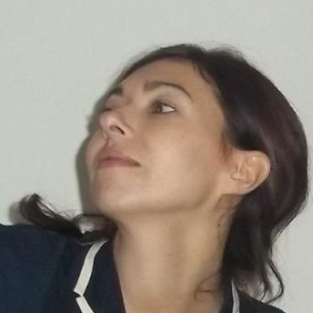 laura_hueso